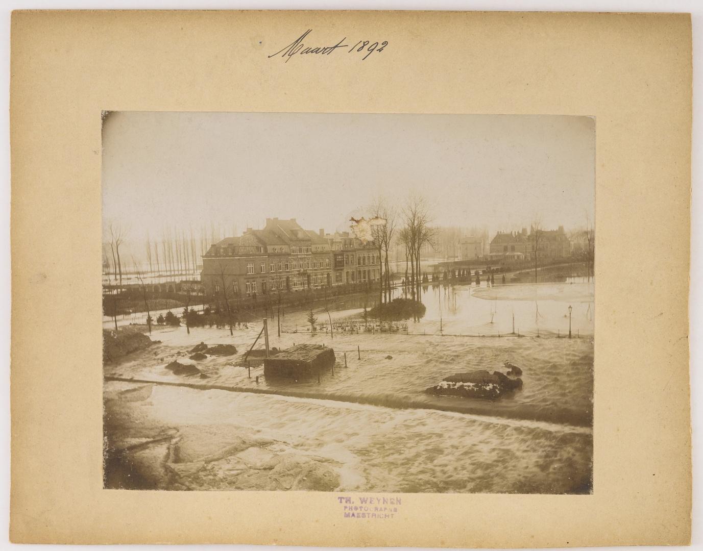 De Heylerhofflaan te Maastricht tijdens de watersnood van maart 1892