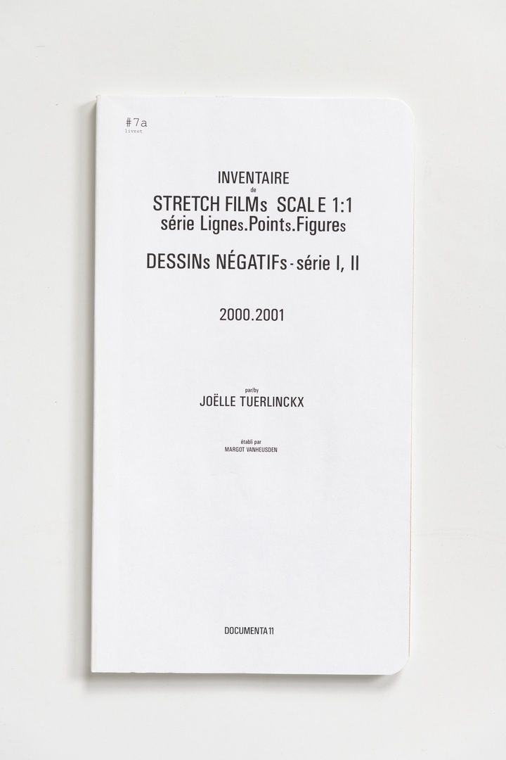 #Livrets Documenta 11: 7a - Inventaire de STRETCH FILMs scale 1:1 serie Lignes.POINTs.FIGUREs DESSINs NEGATIFs-serie I, II 2000.2001