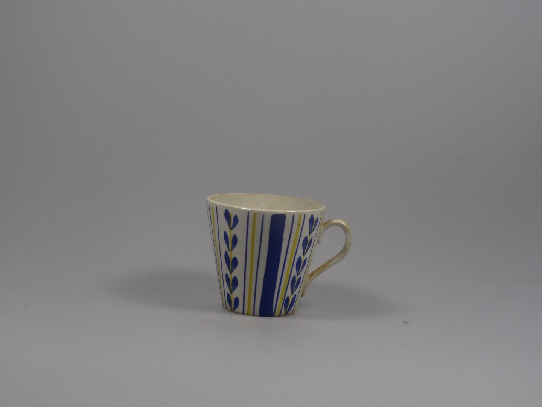Kop, koffiefilter (2x), sauskom, koffiekan met deksel (2x), koffiekan (zonder deksel 1x), theepot met deksel