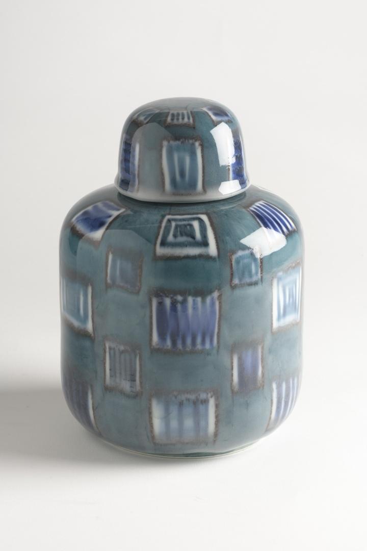 Blauw gedecoreerde pot met deksel