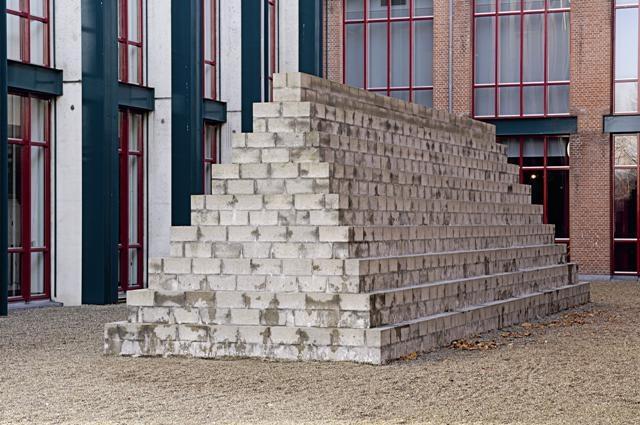 Long Pyramid