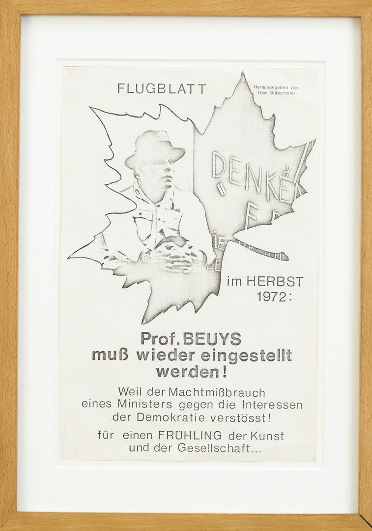 Pamflet: Flugblatt im Herbst 1972: Prof. Beuys soll wieder eingestellt werden? uitgegeven door Helm. Silbermann. Afbeelding blz 259 in Adriani e.a. New York, Barron, 1979