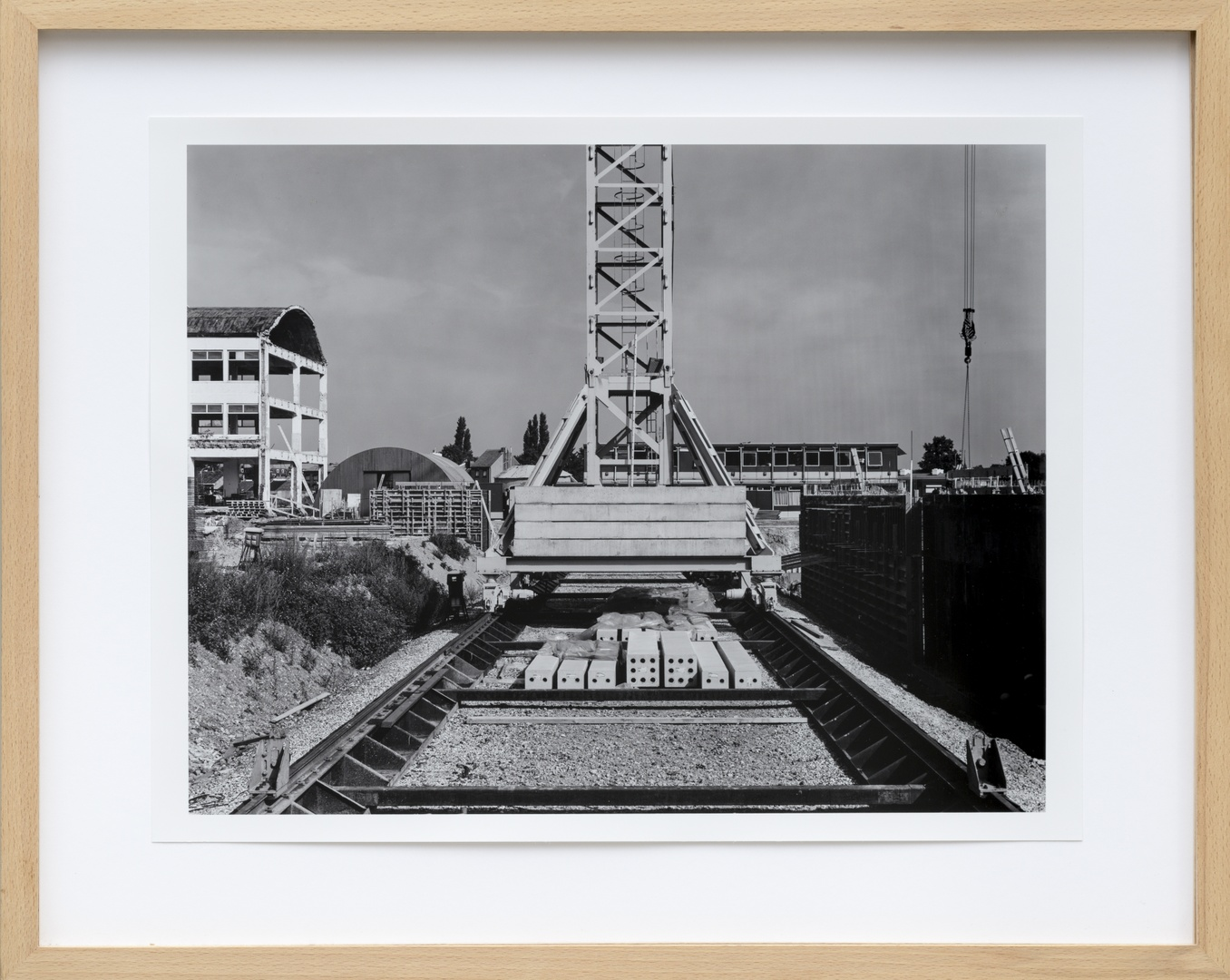 Bouw Bonnefantenmuseum 1992-1994 ; Noodtrappenhuis voorgevel