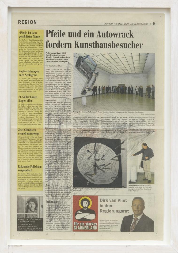 Where you end and I begin: ''Pfeile und ein Autowrack fordern Kunsthausbesucher.' Uit: Die Südostschweiz. Door: Claudia Koch Marti op 23-02-2010