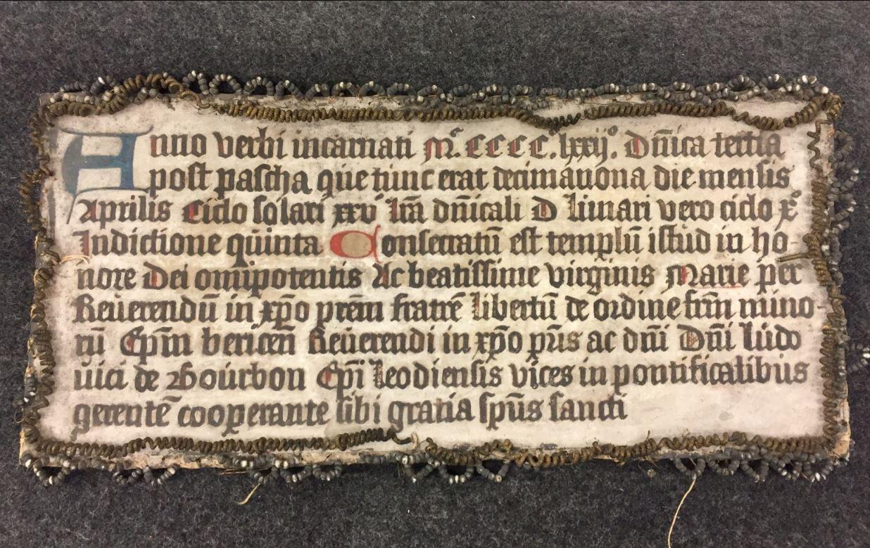 Memorie van kerkwijding op 18 april 1472